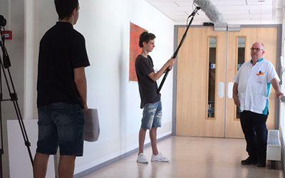 Studenten ROC Rivor maken filmopnames bij Ziekenhuis Rivierenland voor Werkzaak